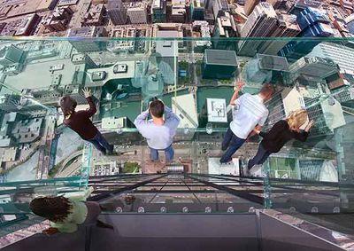 Sears_tower_ledge