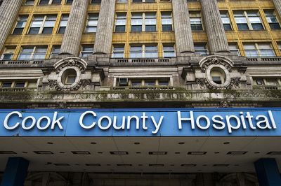 800px-Chicago-CookCountyHospital