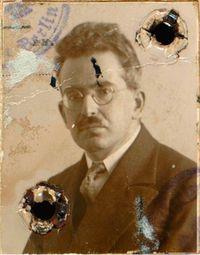 Walter-Benjamin_small_WB_Passfoto