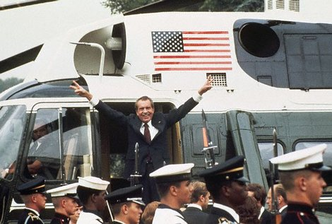 Nixon-1974_jpg_470x433_q85